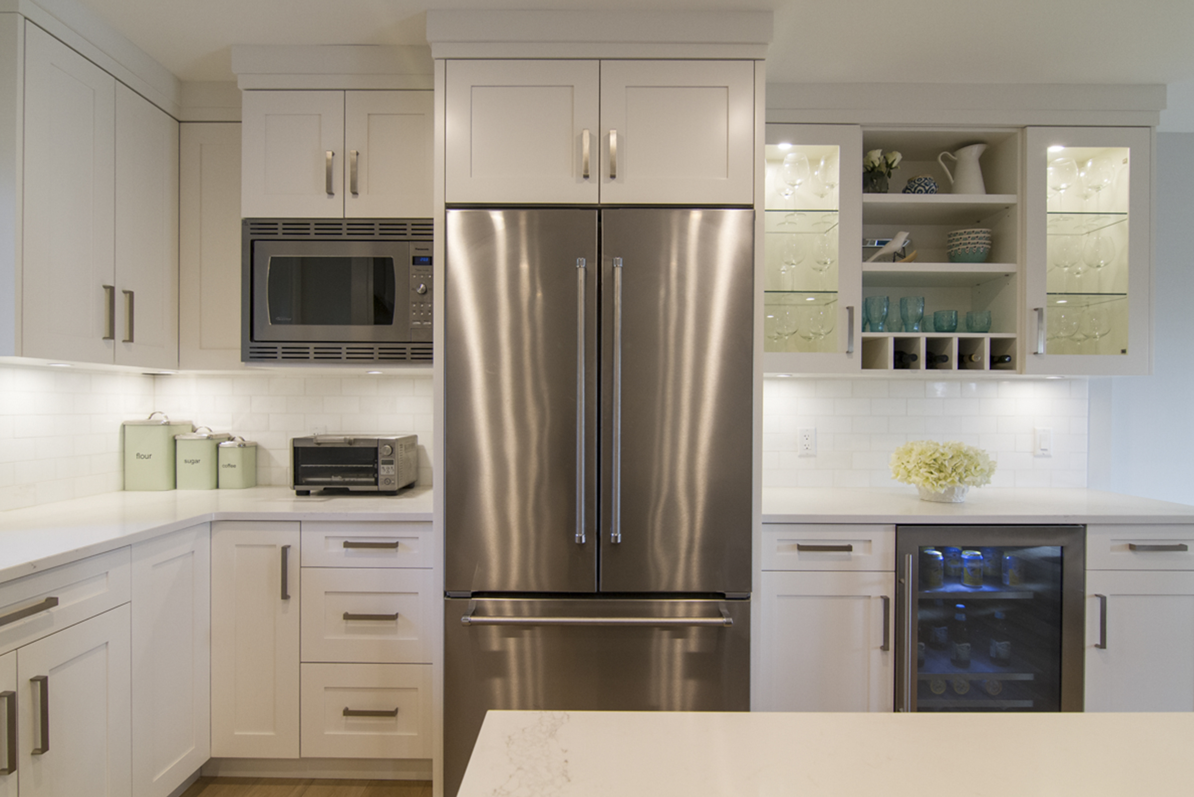 Kitchen cabinet refacing north vancouver - Whitecabinets_fridge